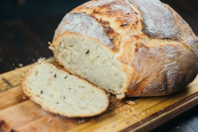 Rosemary and Roasted Garlic Olive Oil Bread